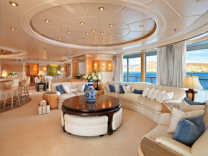 Capri I upper deck salon