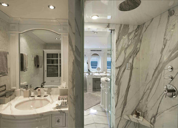 Carpe Diem II master bathroom his