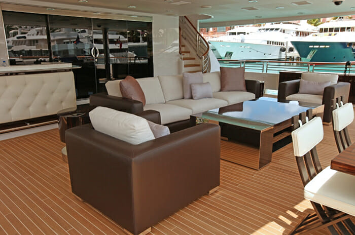 Carpe Diem main deck aft