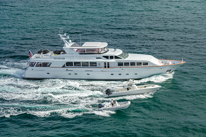 Yacht Carte Blanche
