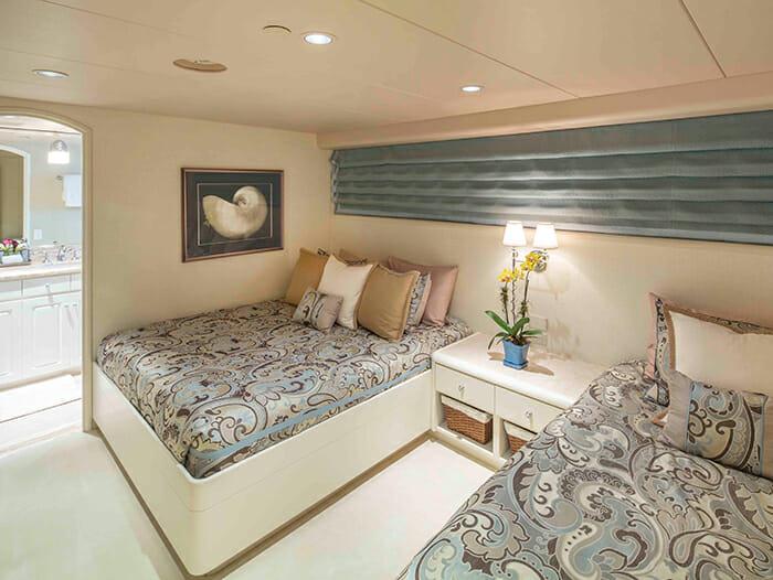 Cherish II double + twin cabin
