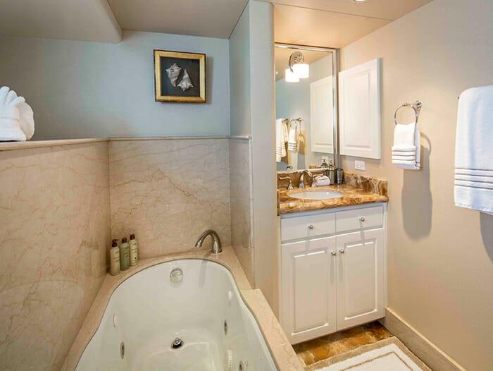 Cherish II master bathroom