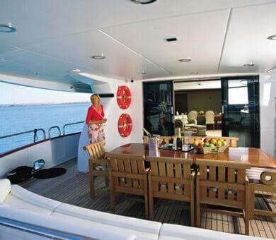 Clarity main deck aft
