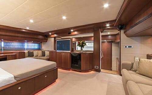 Clarity master cabin