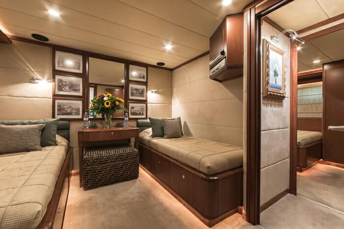 Clarity twin cabin