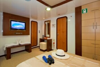 Cormorant guest stateroom