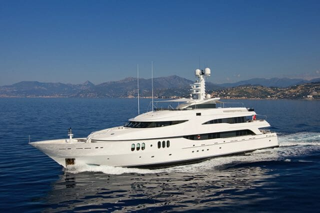 Yacht Diamond A