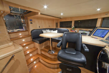 Diamond Girl pilothouse