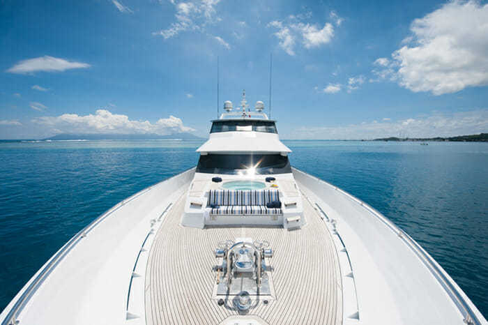 Dreamtime forward deck with jacuzzi