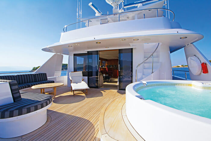 Endless Summer upper deck jacuzzi