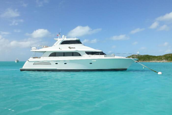 Yacht Equinox