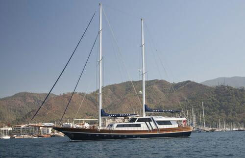 Yacht Esma Sultan