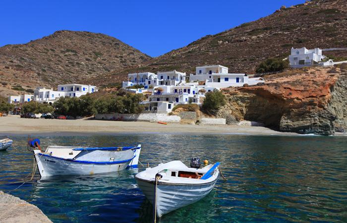 Folegandros yacht charters