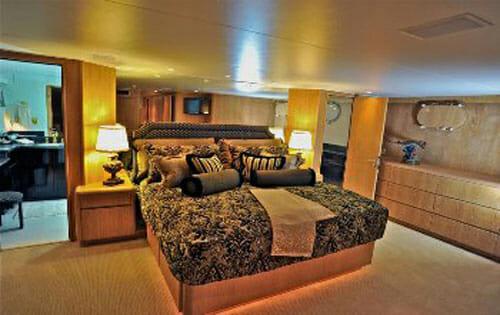 Freedom master cabin