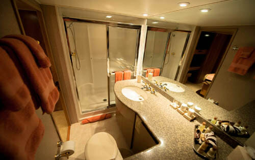 Freedom vip bathroom