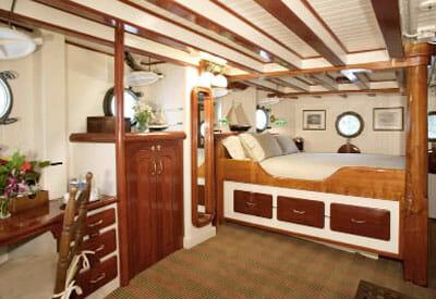 Pacific Yellowfin master cabin