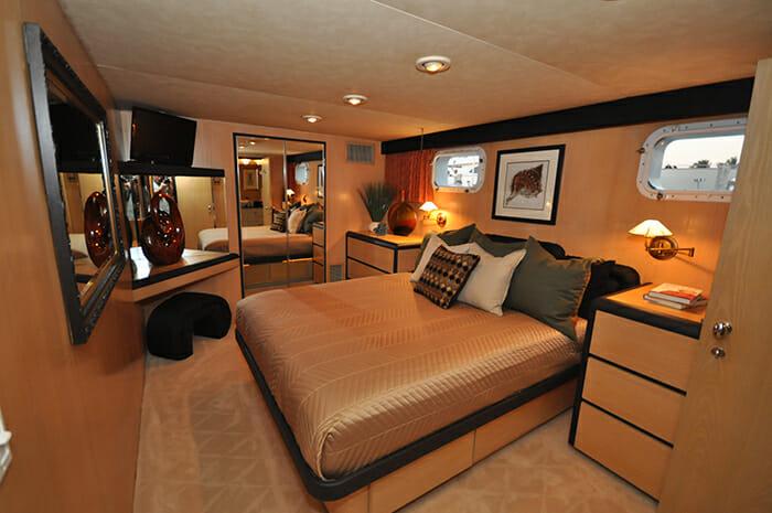 Golden Girl guest cabin