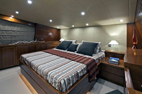 Helios vip cabin 2
