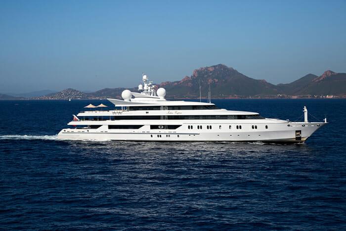 Yacht Indian Empress