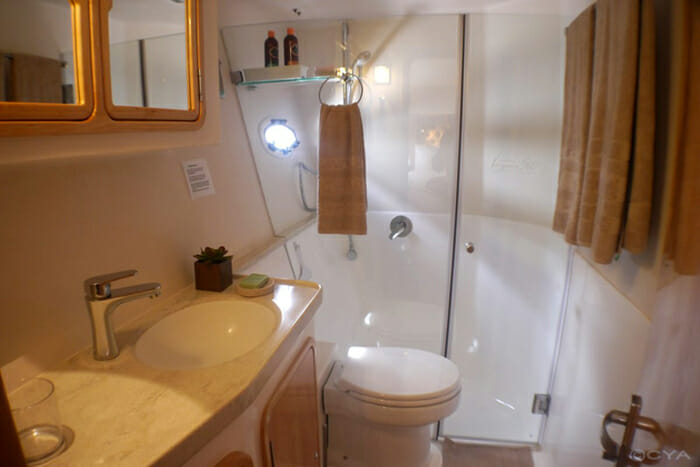 Invictus guest bathroom