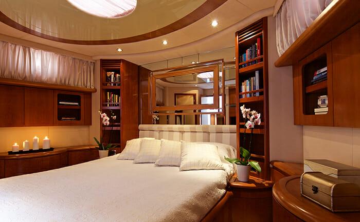 Iris master cabin
