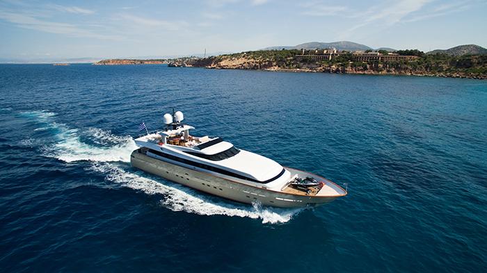 Yacht Ithaki