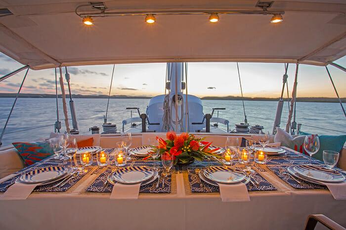 Jupiter deck dining