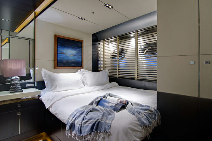 Kambos Blue guest cabin