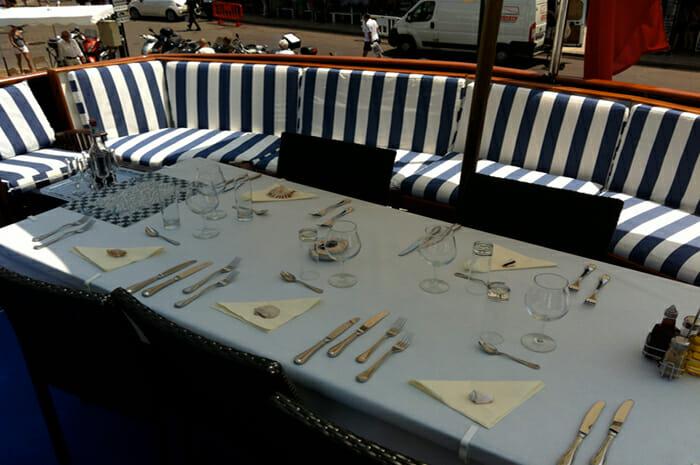 Lady Roxanne flybridge dining
