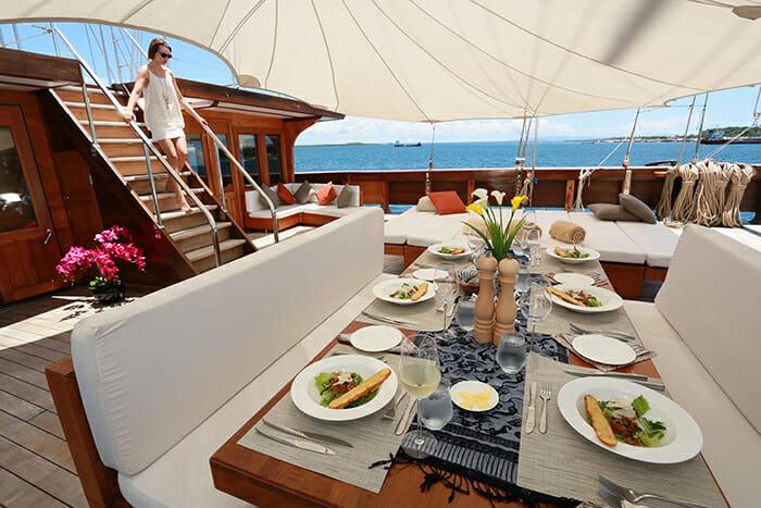 Lamima deck dining