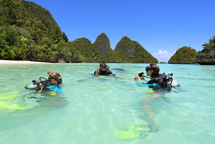 Lamima diving