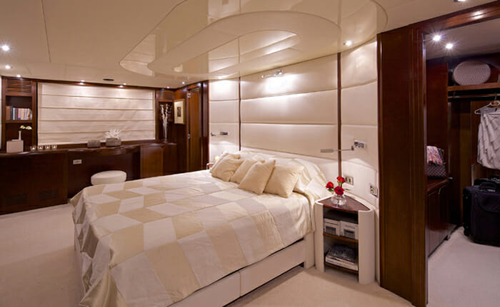 Let It Be vip cabin