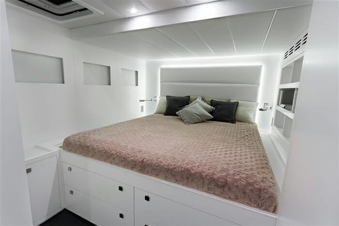 Levante guest cabin