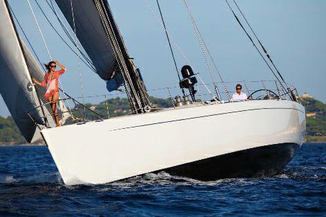 Lupa of London sailing