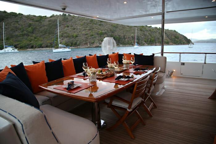 M4 aft deck dining