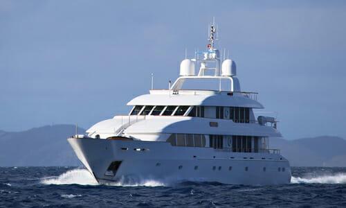 Yacht M4