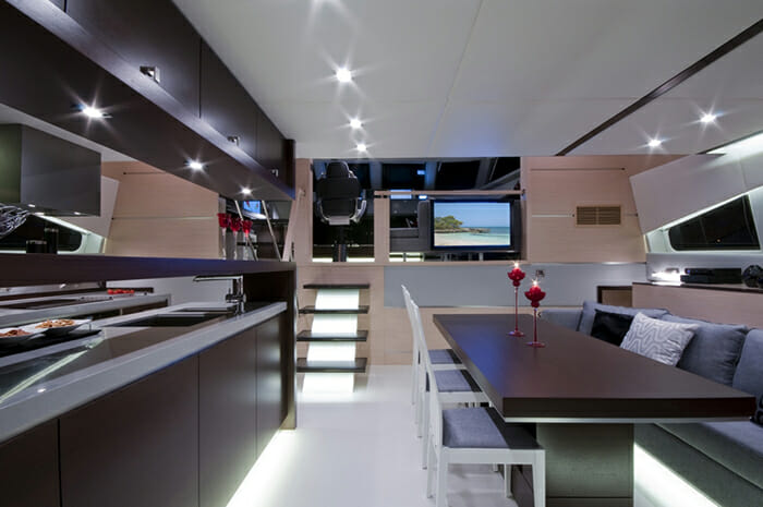 Mas salon and galley