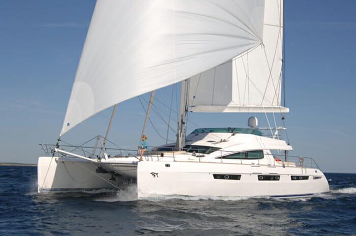 Catamaran Matau