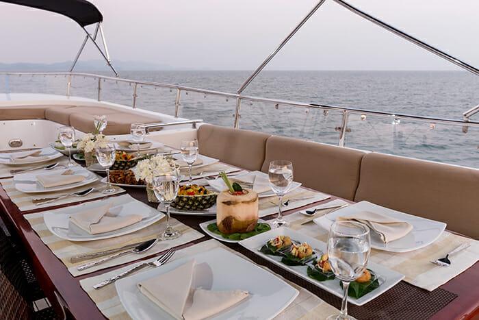 Yacht Mia Kai deck dining