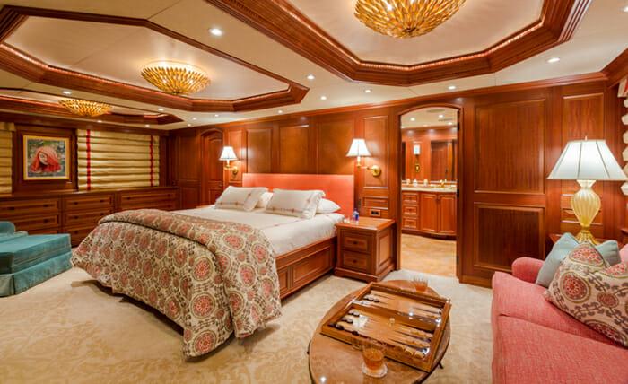 Mim master cabin