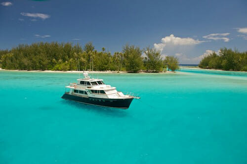 Yacht Miss Kulani