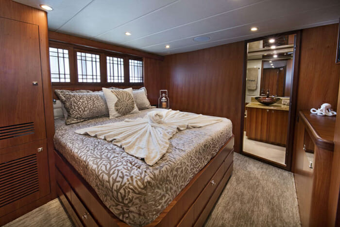 Mrs Happy port queen cabin