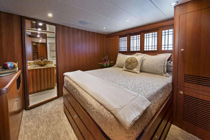 Mrs Happy starboard queen cabin