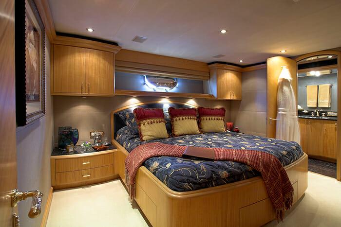 Namoh king cabin