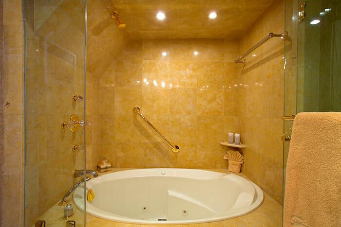 Namoh master bathroom