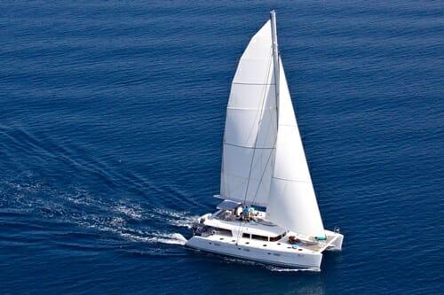 Nova sailing