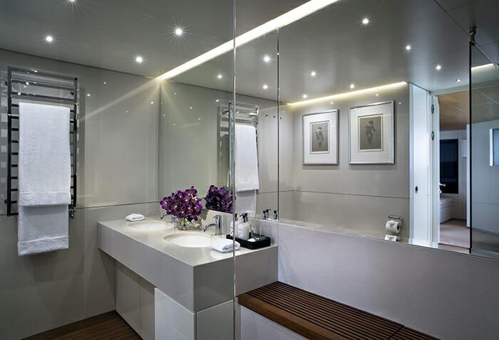 Ocean Emerald twin bathroom