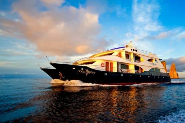 Yacht Ocean Spray