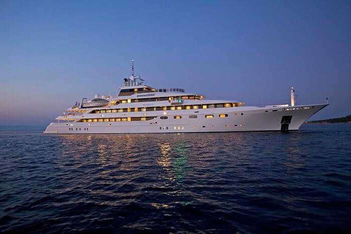 Yacht O'Mega