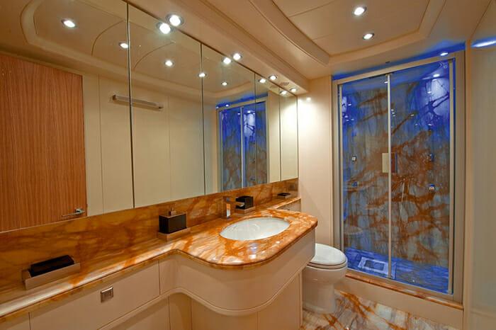 Paris A vip bathroom